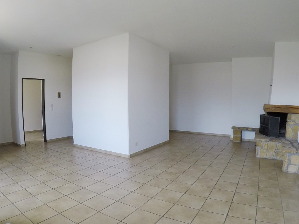 Appartement de charme en vieille-ville (4.5 pièces) au 2ème étage