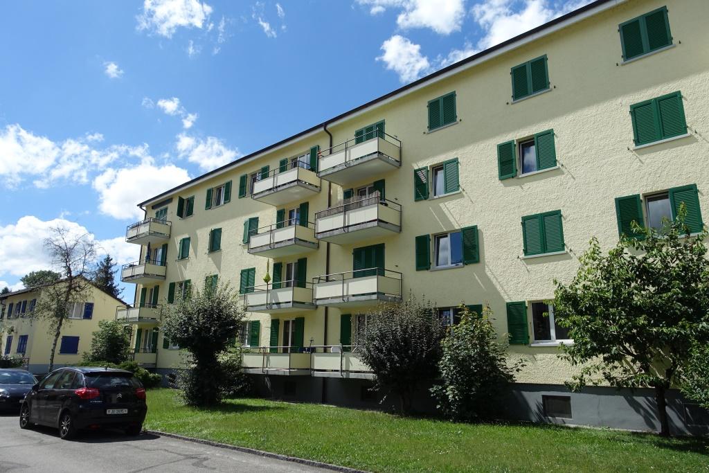 Appartement de 4 pièces au rez-de-chaussée